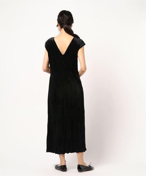 WRINKLE VELVET DRESS