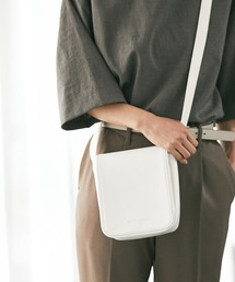 シンセティックレザー スクエア フラップ ミニ ショルダーバッグ EMMA CLOTHES 2021 A/Wホワイト