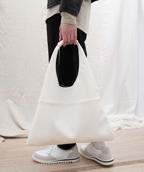 シンセティックレザー ショッパートートバッグ EMMA CLOTHES