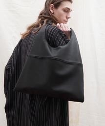 シンセティックレザー ショッパートートバッグ EMMA CLOTHESブラック