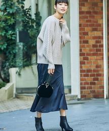 haco!(ハコ)のスウェットやスニーカーを合わせても女っぽくいられるサテンマーメイドスカート by que made me(スカート)