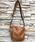 DECADE(ディケイド)の「オイルドカウレザー・ミニショルダー DECADE(No-00959) Oiled Cow Leather Mini Shoulder Bag ディケイド(ショルダーバッグ)」|ブラウン