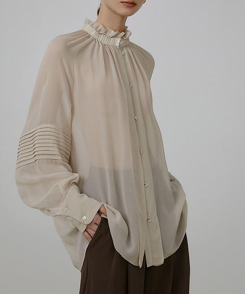 【UNSPOKEN】Wavy texture shear blouse UQ21S066