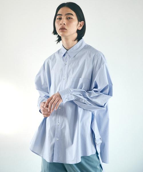EMMA CLOTHES(エマクローズ)の「オーバーサイズ サイドスリットベルト ルーズスリーブシャツ(シャツ/ブラウス)」|サックスブルー