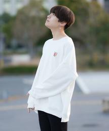 ファッションインフルエンサー SHOTA × BASQUE magenta オーバーサイズ バルーンシルエット バタフライ刺繍長袖スウェットホワイト