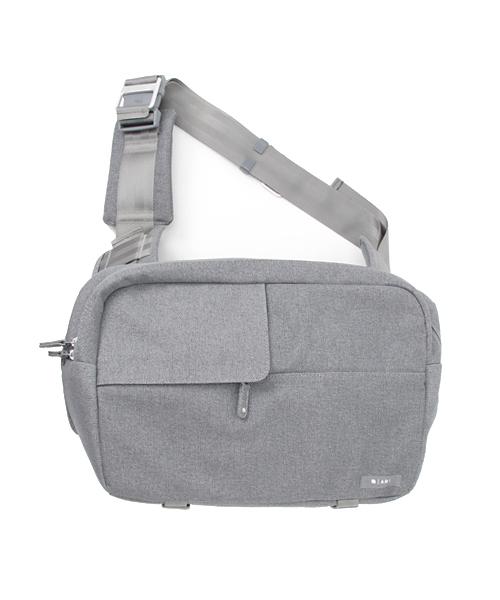 【Incase(定番/BASIC)】CL58033 Ari Marcopoulos Camera Bag