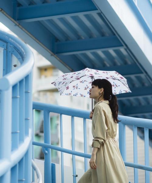 Wpc.(ダブルピーシー)の「雨傘 ボタニークmini(折りたたみ傘)」|オフホワイト