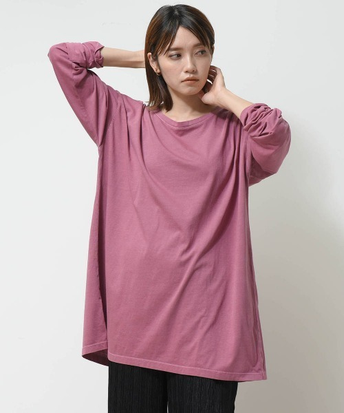 LIPSTAR(リップスター)の「ピグメントバックスリットチュニックカットソー(Tシャツ/カットソー)」 ピンク