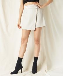 ラップ風レザーライクミニスカートオフホワイト