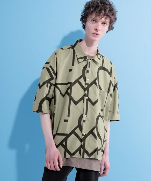 コットン総柄ビッグシルエットレギュラーカラー半袖シャツ
