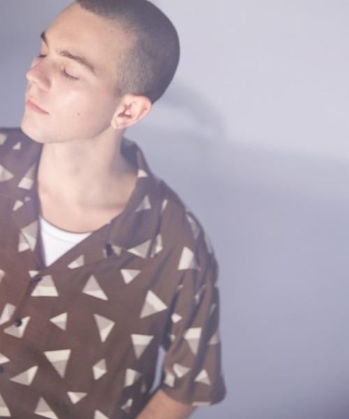 コットンリネン レトロデザイン柄 オープンカラー半袖シャツ