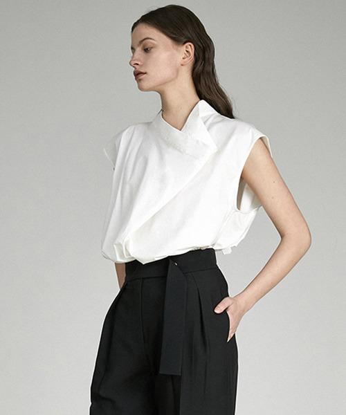 【UNSPOKEN】Deformation collar back open blouse UX21S011