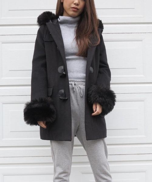 볼륨 퍼(fur)첨부 더플 코트