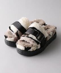 UGG W FLUFFITA CALI COLLAGE