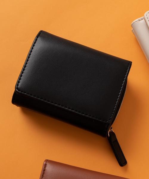 e84245607e42 WEGO(ウィゴー)のWEGO/9ポケット三つ折りミニウォレット(財布)