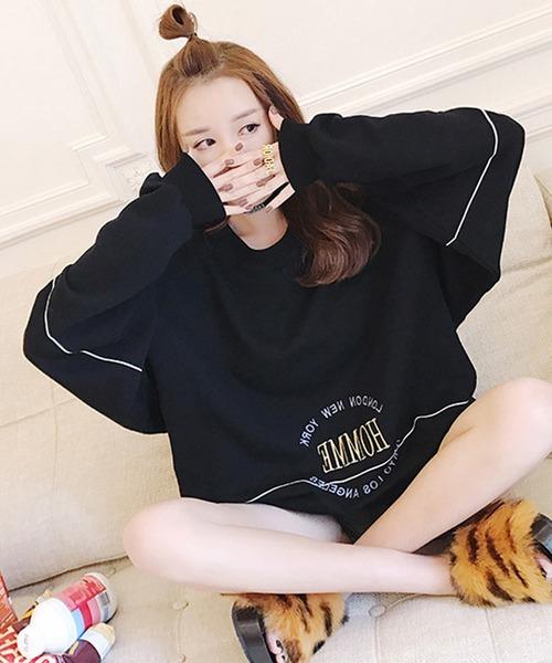 刺繍デザイン ビッグシルエット スウェットシャツ トレーナー オーバーサイズ プルオーバー アウター サイドライン サイドシーム エンブロイダリー 韓国ファッション