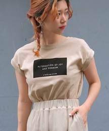 ANDJ(アンドジェイ)のBOXロゴプリントフレンチスリーブTシャツ(Tシャツ/カットソー)