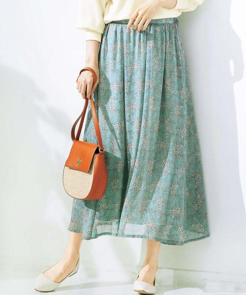 GeeRA(ジーラ)の「シフォンプリントフレアースカート(スカート)」|グリーン