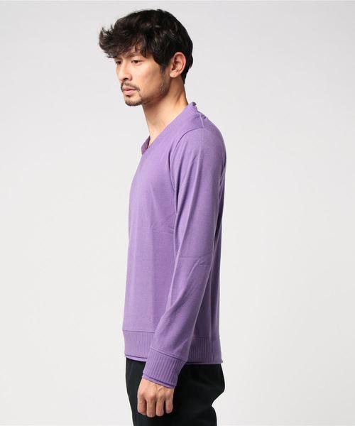 シャイニーVネックセーター