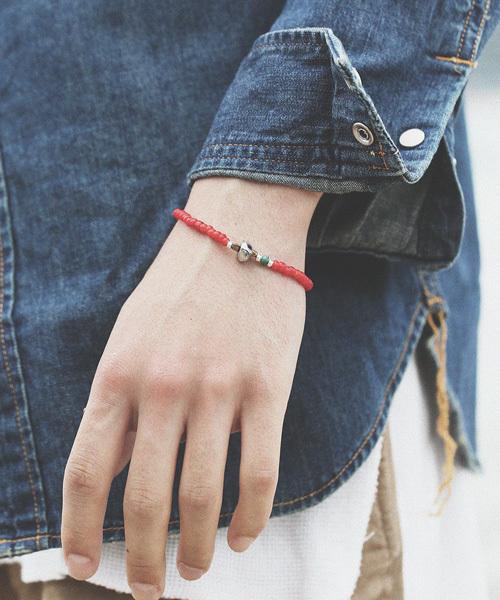 SunKu(サンク)の「White Heart Beads Bracelet(ブレスレット)」 レッド