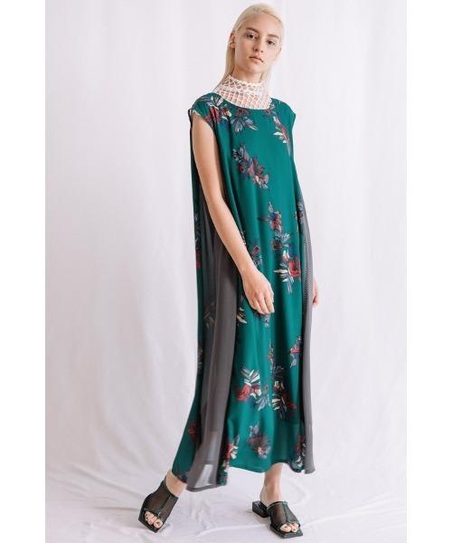 ビッグフラワープリントスカートドレス