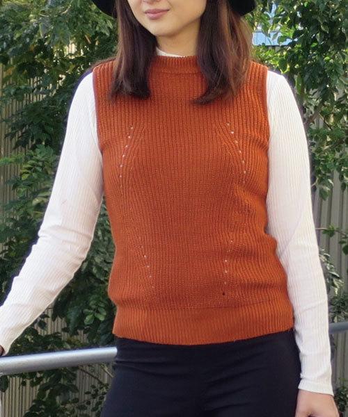 GeeRA(ジーラ)の「プチネックニットベスト(ニット/セーター)」|オレンジ系その他