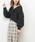 natural couture(ナチュラルクチュール)の「ふんわりショートケーブルカーディガン(カーディガン/ボレロ)」|ブラック