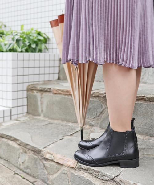 MODE KAORI(モードカオリ)の「撥水サイドゴアショートブーツ(ブーツ)」|ブラック