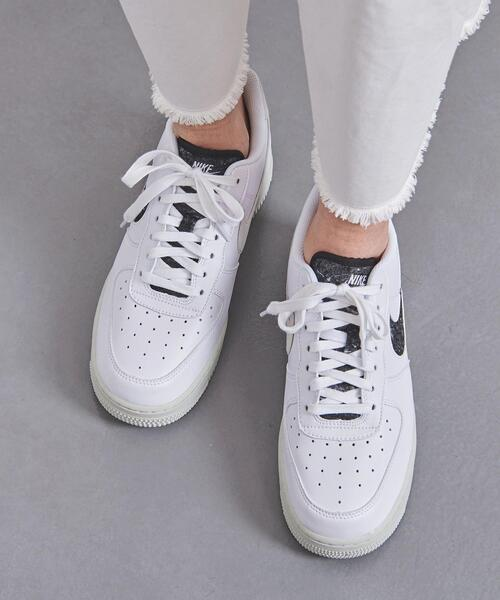 <NIKE(ナイキ)>AIR FORCE1 07 SE スニーカー