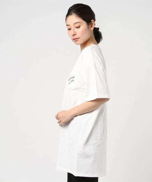 ポケット刺繍VネックビッグTシャツ
