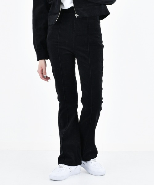 KIRSH(キルシー)の「【ZOZO限定】CORDUROY FLARE PANTS/コーデュロイフレアパンツ(その他パンツ)」|ブラック