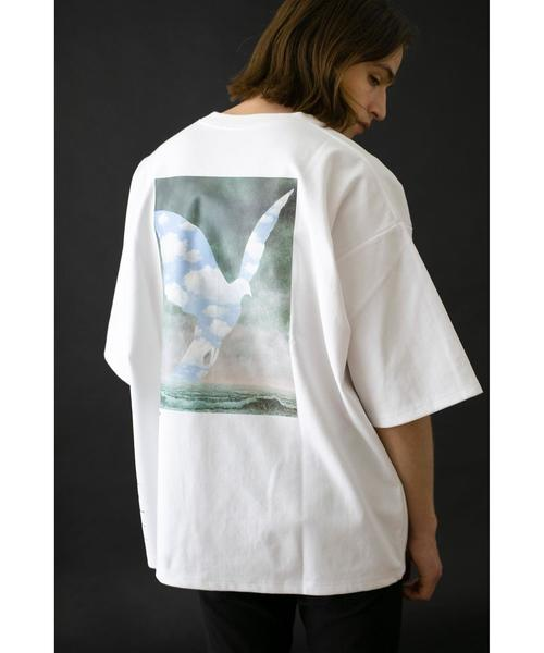 <RENE MAGRITTE>Directed by <monkey time> B/FAMILY T/Tシャツ