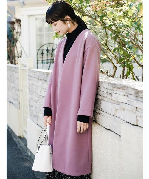 haco!(ハコ)の「気軽に羽織れて女っぽくもかっこよくも決まる!便利なノーカラーコート(ノーカラーコート)」 ラベンダー