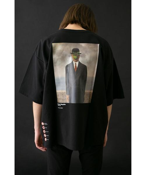<RENE MAGRITTE>Directed by <monkey time> SON OF MAN T/Tシャツ