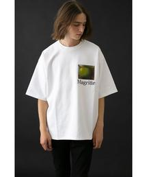 <RENE MAGRITTE>Directed by <monkey time> L/ROOM T/Tシャツ