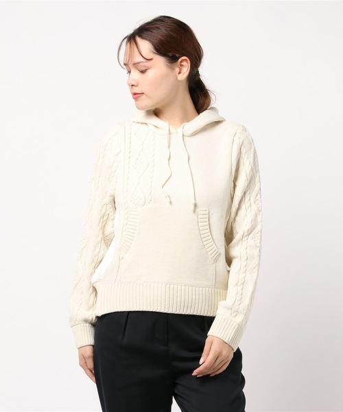 Re.Verofonna(ヴェロフォンナ)の「柄編み切替フーディー(ニット/セーター)」 ホワイト