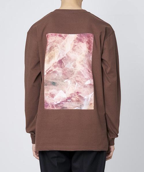 JUHA(ユハ)の「'TEXTURE' PRINT T-SHIRT(Tシャツ/カットソー)」|ブラウン