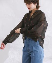 KBF(ケイビーエフ)のオーガンジー刺繍ブラウス(シャツ/ブラウス)