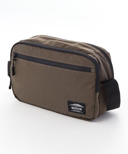 ブラックラインショルダーバッグ 防湿性 透湿性