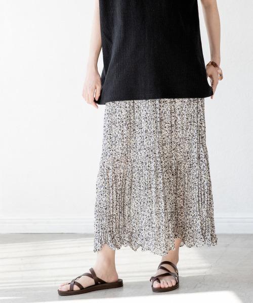LOWRYS FARM(ローリーズファーム)の「ハナワッシャープリーツスカート 886683(スカート)」|オフホワイト