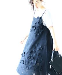 cawaii(カワイイ)の咲き浮くお花のキャミワンピース(黒)(ワンピース)