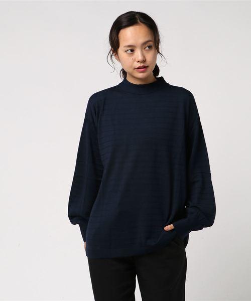 ボリュームスリーブニット・セーター