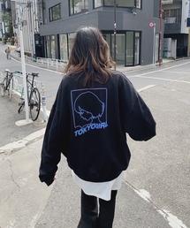 WHO'S WHO gallery(フーズフーギャラリー)の【東京ガール】スーパービッグシルエット/バックプリントクルースウェット/トレーナー(スウェット)
