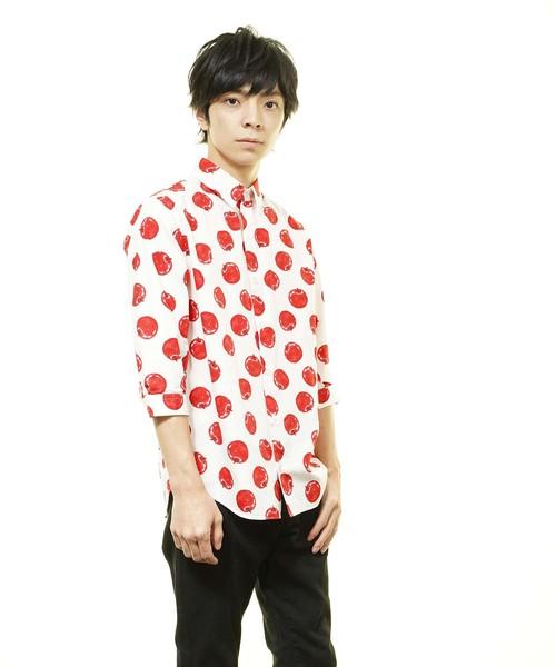 日本製りんごプリントレギュラーカラー七分袖シャツ(GW)