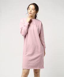 スモールロゴ刺繍ワンピースピンク