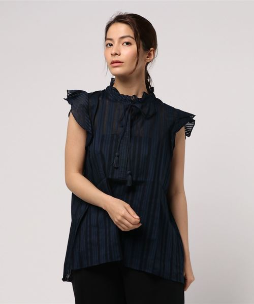 SISLEY(シスレー)の「アイレットリボンフリルノースリーブシャツ・ブラウス(シャツ/ブラウス)」|ネイビー