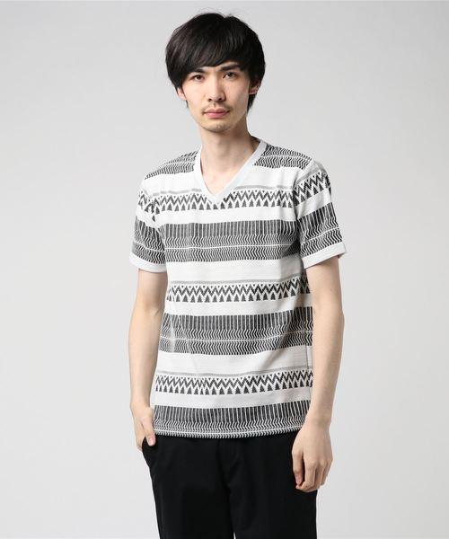 リップルオルテガVネックTシャツ