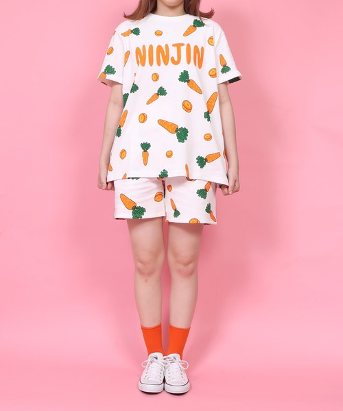 PUNYUS(プニュズ)の「フード総柄Tシャツ(Tシャツ/カットソー)」|オレンジ