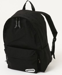 452T デイパック/バックパック 定番バッグのサイズをリニューアルした新シリーズ ブランドロゴブラック