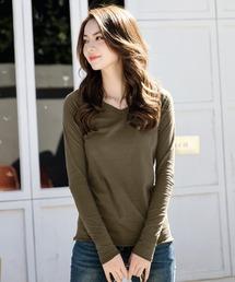 DAY CLOSET(デイ クローゼット)の万能シンプルVネックトップス ロングTシャツ(Tシャツ/カットソー)